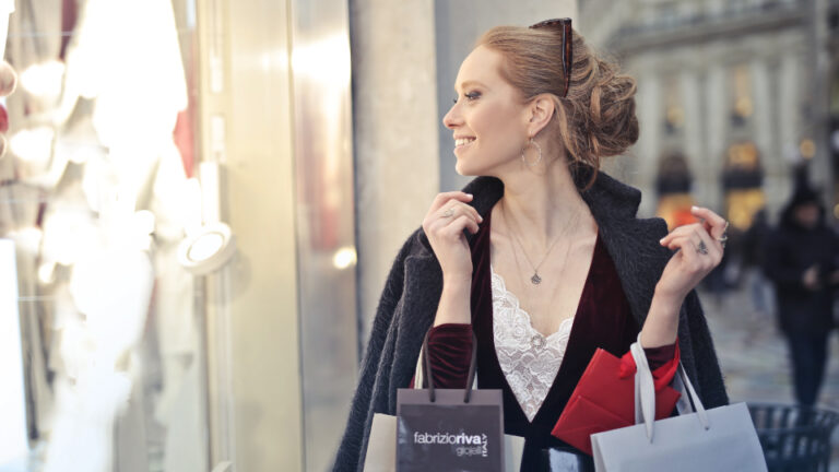 Shopping Strategies for Plus-Size Lady